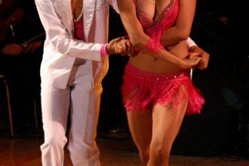 Cómo aprender a bailar salsa