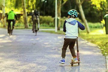 Aprende a montar en patinete