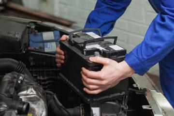 Aprender a poner una batería en el coche